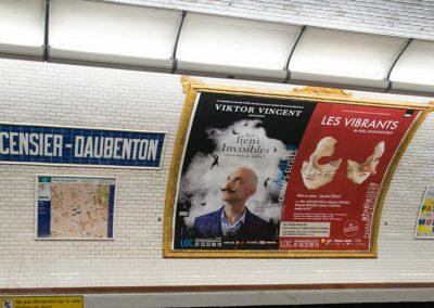 Comedie et studio des Champs Elysées : Viktor Vincent Les Vibrants Metro